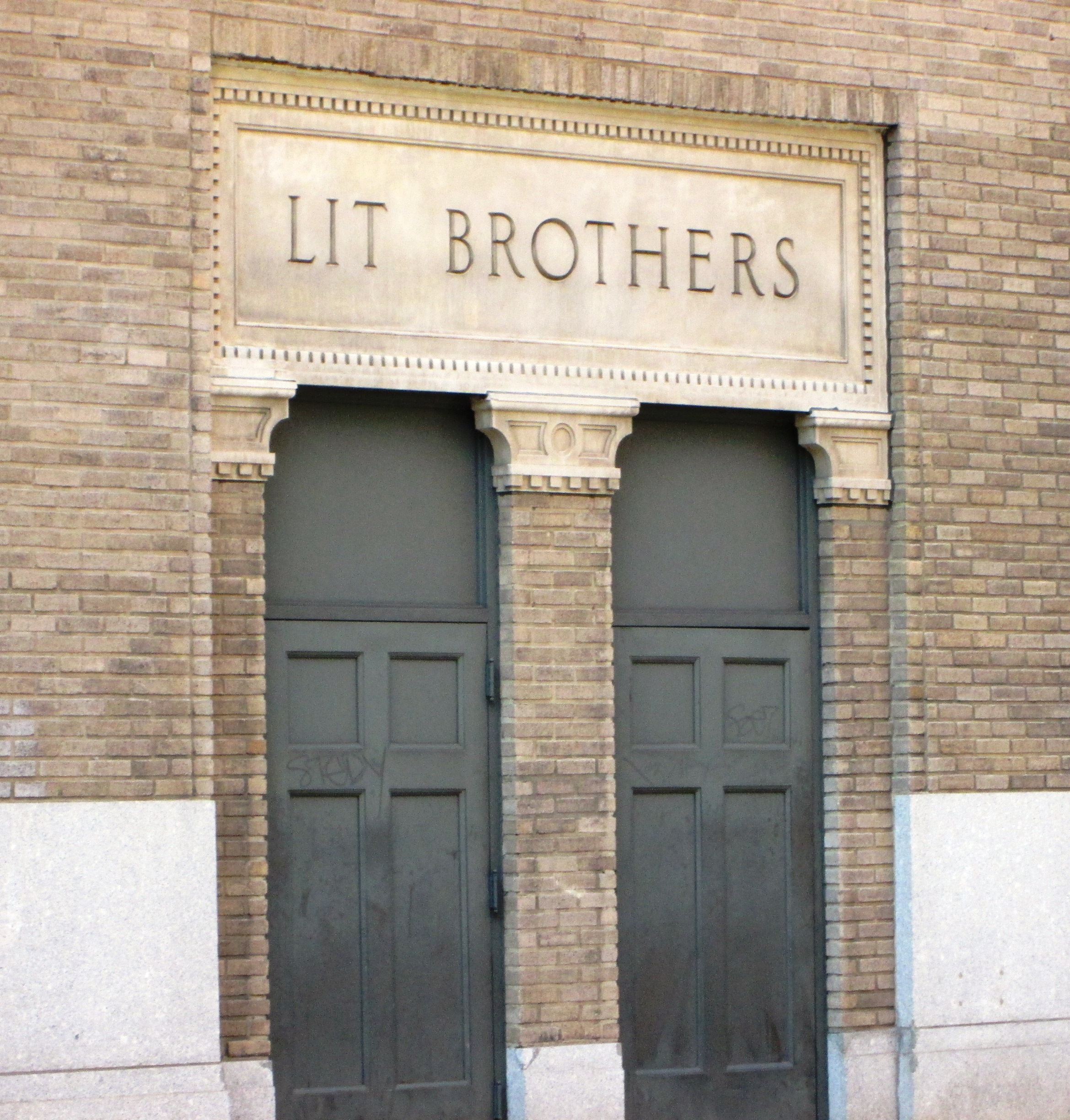 lit-brothers-department-store-philadelphia-pa